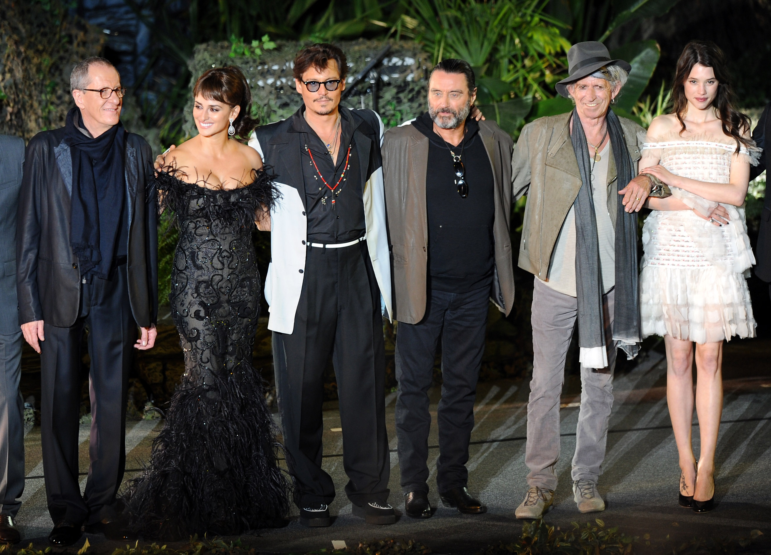"""ANAHEIM, CA - MAY 07:  (L-R) Actors Geoffrey Rush, Penelope Cruz, Johnny Depp, Ian McShane, Keith Richards, and Astrid Berges-Frisbey arrive at premiere of Walt Disney Pictures' """"Pirates of the Caribbean: On Stranger Tides"""" held at Disneyland on May 7, 2011 in Anaheim, California. Proceeds from the world premiere of Walt Disney Pictures' """"Pirates Of The Caribbean: On Stranger Tides"""" will benefit the Boys & Girls Clubs of America.  (Photo by Kevin Winter/Getty Images)"""