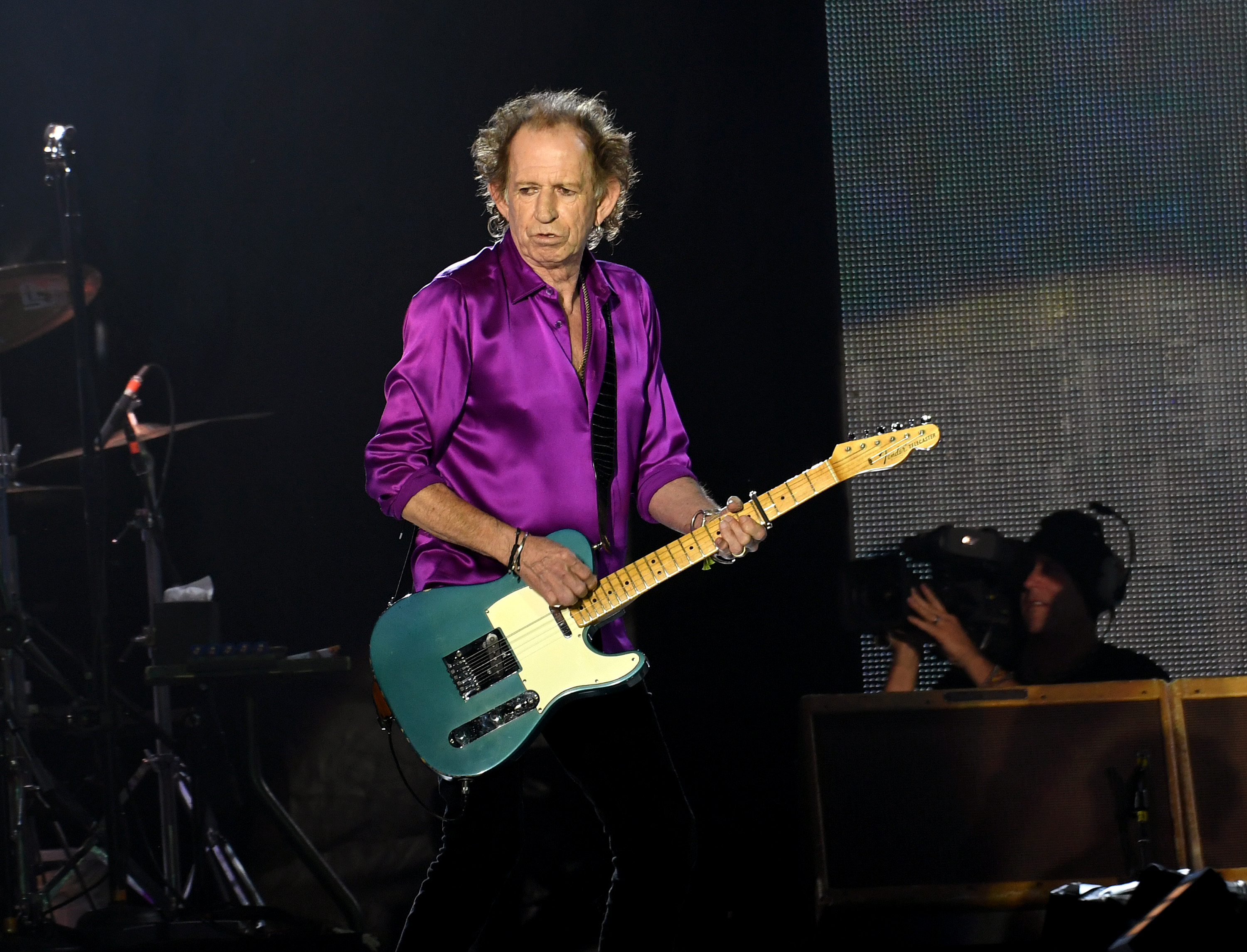 PASADENA, CALIFORNIA - AUGUST 22: Keith Richards of The Rolling Stones performs onstage at Rose Bowl on August 22, 2019 in Pasadena, California. (Photo by Kevin Winter/Getty Images)