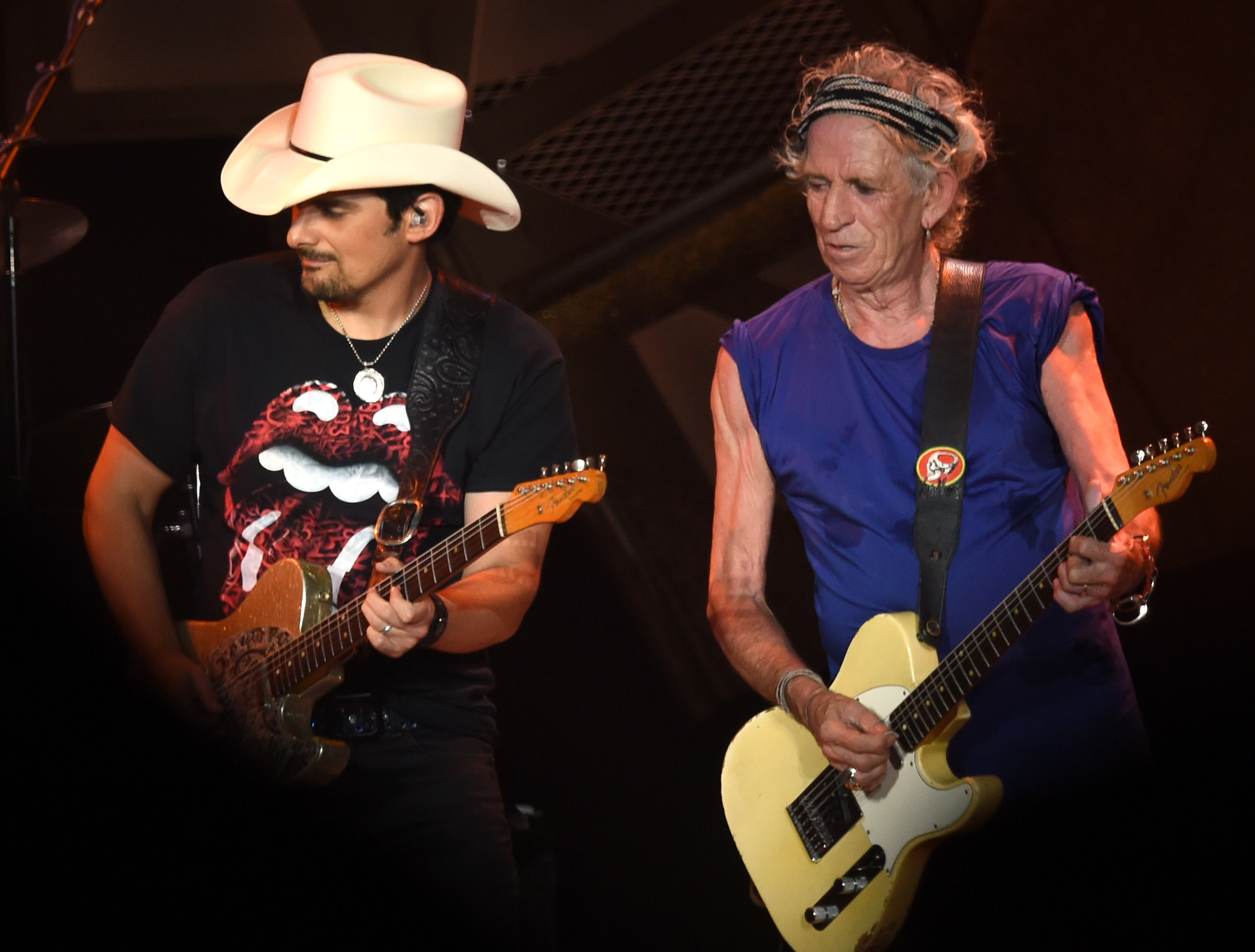 """NASHVILLE, TN - JUNE 17:  Brad Paisley joins Keith Richards of The Rolling Stones during The Rolling Stones North American """"ZIP CODE"""" Tour - Nashville at LP Field on June 17, 2015 in Nashville, Tennessee.  (Photo by Rick Diamond/Getty Images,)"""