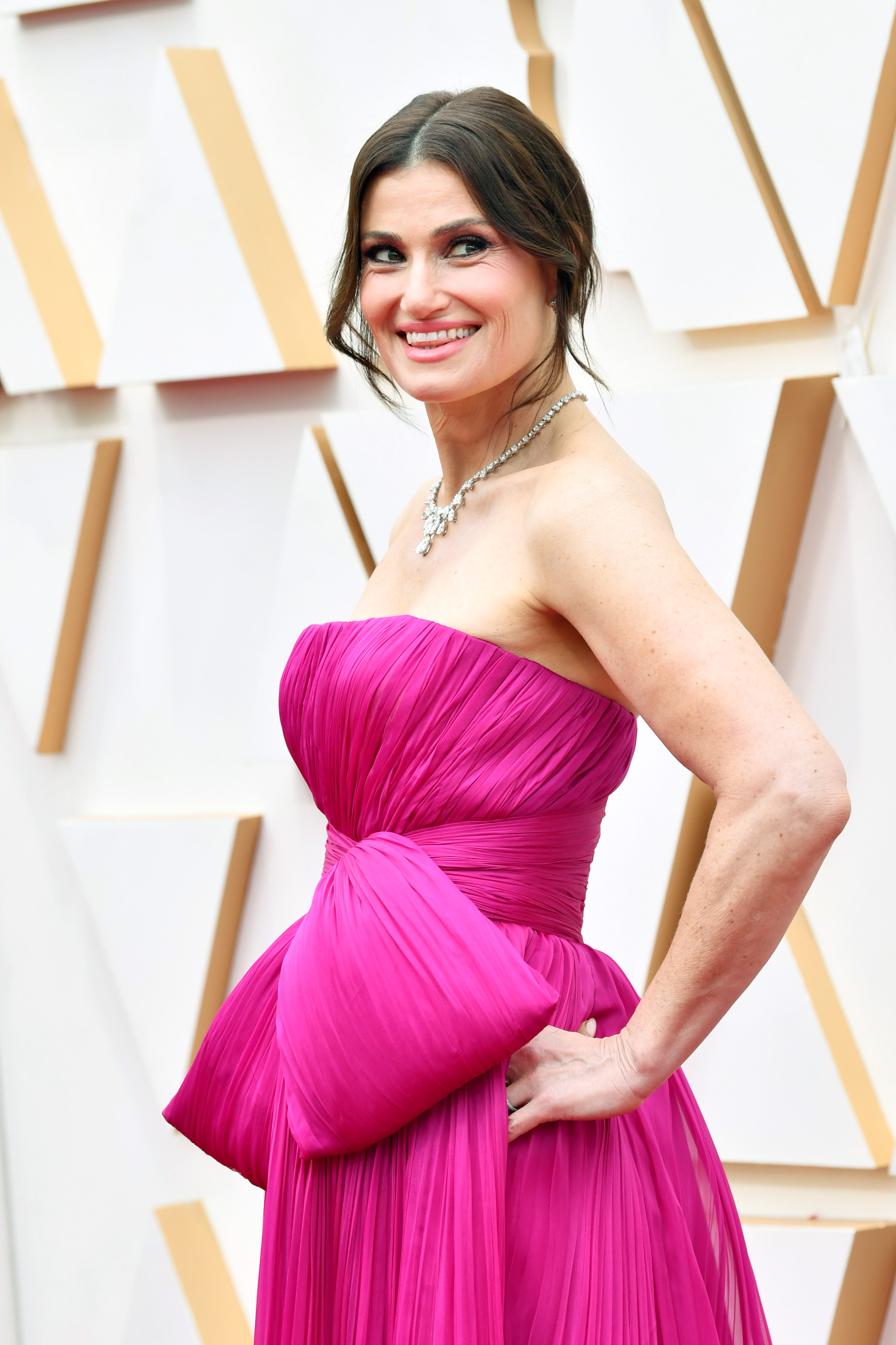 HOLLYWOOD, CALIFORNIA - FEBRUARY 09: Idina Menzel attends the 92nd Annual Academy Awards at Hollywood and Highland on February 09, 2020 in Hollywood, California. (Photo by Amy Sussman/Getty Images)